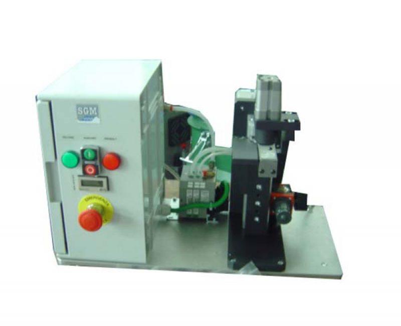 Cutting pins machine